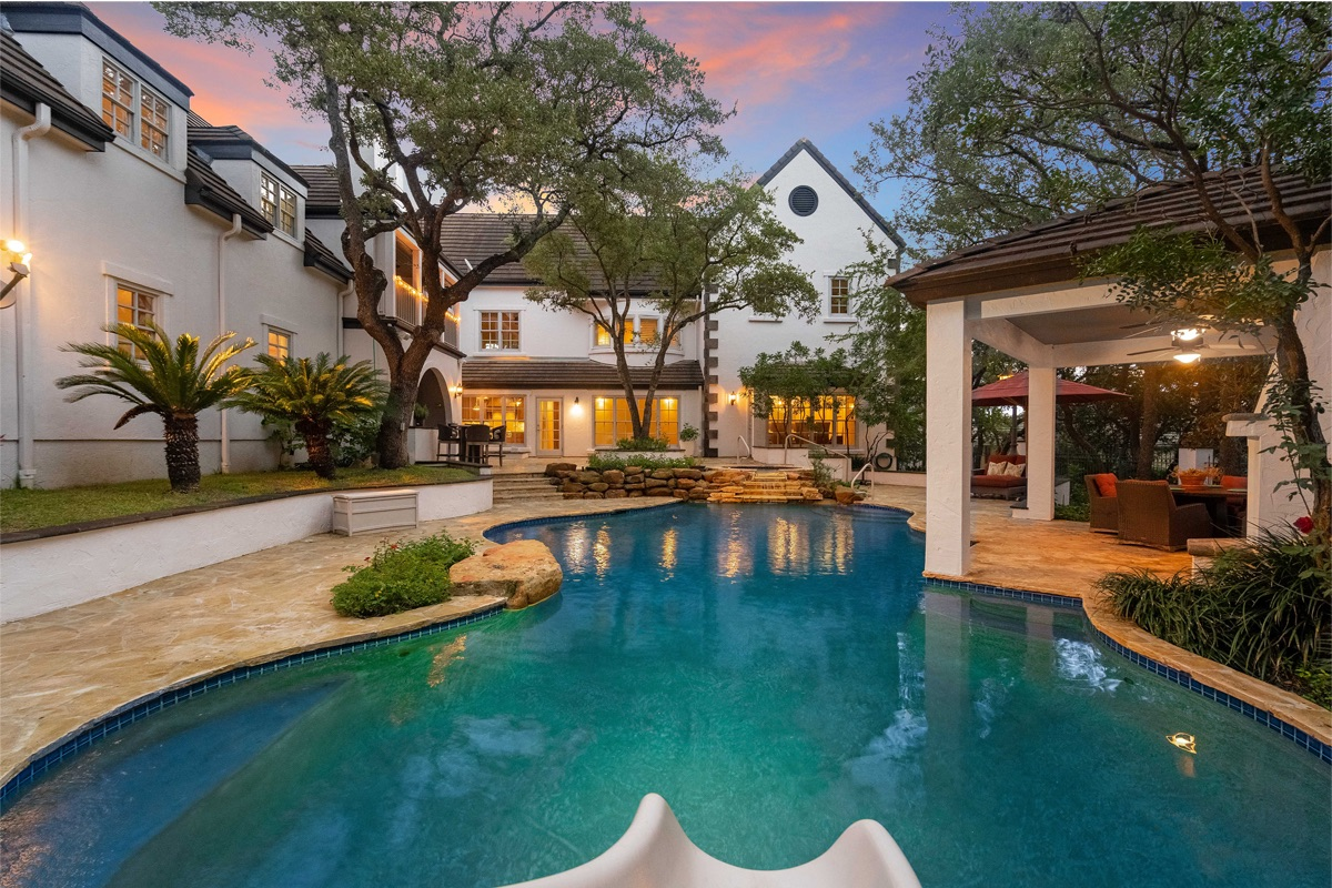 Beautiful Home: Alamo Heights, San Antonio